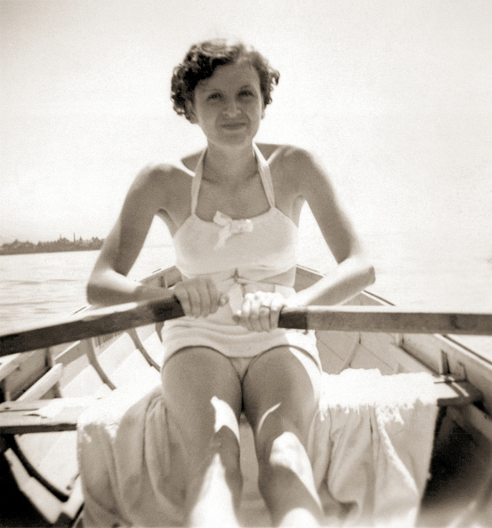Rowing「Eva Braun Rowing」:写真・画像(14)[壁紙.com]