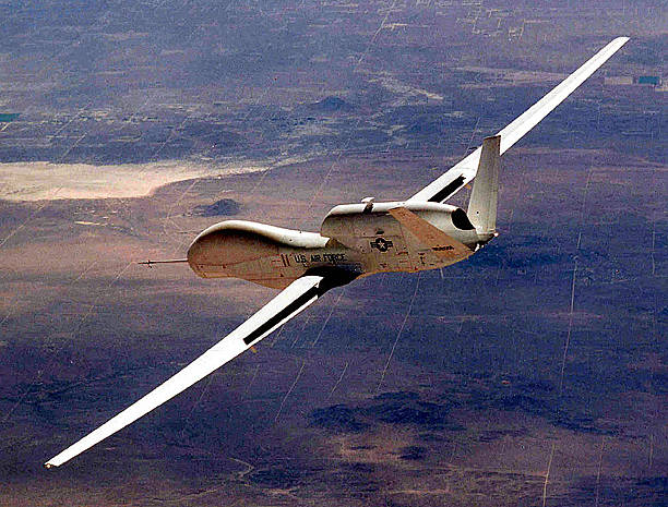 The Air Force's Global Hawk Unmanned Aerial Vehicle Makes Aerospace History As The First...:ニュース(壁紙.com)