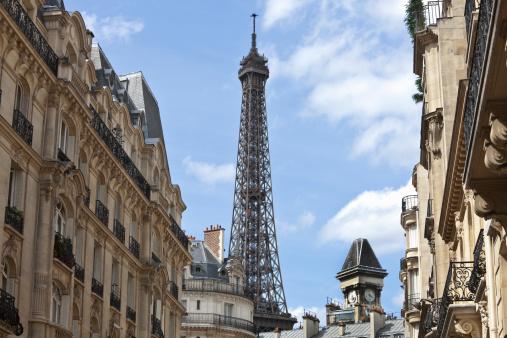 Avenue「Luxury Apartments and Eiffel Tower, Paris, France」:スマホ壁紙(2)