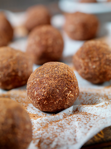 Oats - Food「Gluten Free, Cocoa and Coconut Energy Bites」:スマホ壁紙(14)