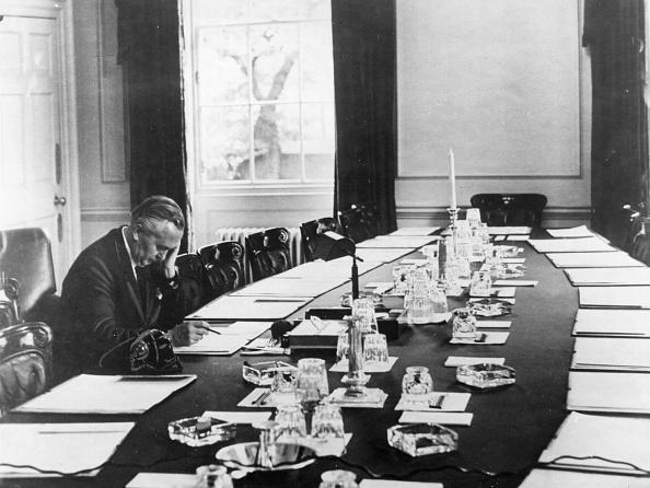 Table「Wilson's Cabinet Room」:写真・画像(15)[壁紙.com]