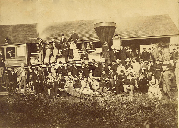 1870-1879「Black Man Posed By A   Locomotive In Duluth, Minnesota In 1870」:写真・画像(17)[壁紙.com]