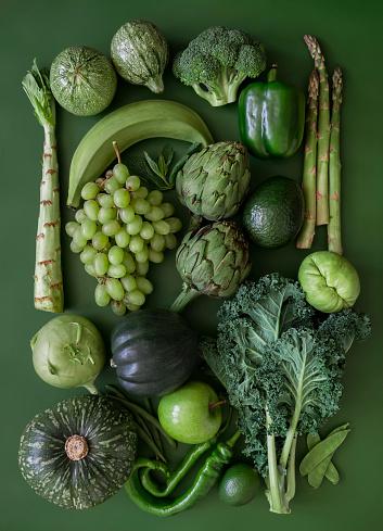Vertical「Green fruits and vegetables」:スマホ壁紙(3)