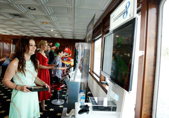 Emilie De Ravin「Nintendo Lounge On The TV Guide Magazine Yacht At Comic-Con #TVGMYacht - Day 3」:写真・画像(1)[壁紙.com]