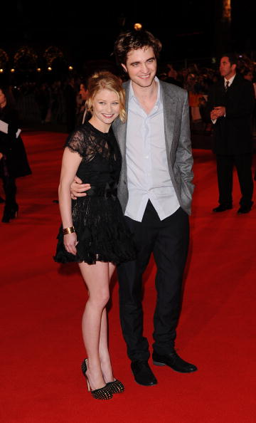 Emilie De Ravin「Remember Me: UK Film Premiere Outside Arrivals」:写真・画像(15)[壁紙.com]