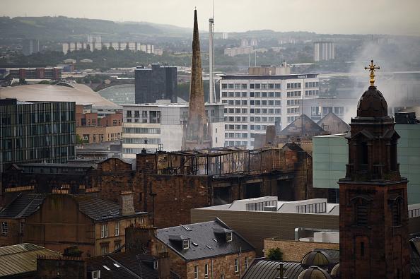 Glasgow「Demolition Begins At The Burnt Out Glasgow Art School」:写真・画像(9)[壁紙.com]