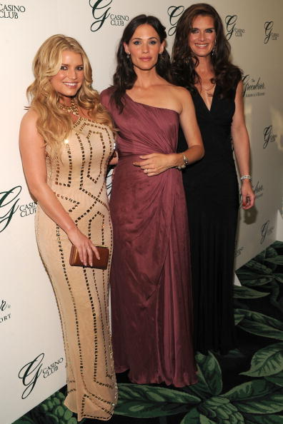 Wavy Hair「Grand Opening Of The Casino Club At The Greenbrier - Inside」:写真・画像(13)[壁紙.com]