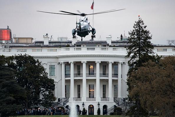 アメリカ合衆国「President Trump Arrives Back At The White House From Palm Beach, Florida」:写真・画像(13)[壁紙.com]