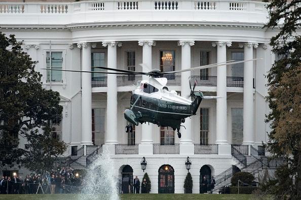 アメリカ合衆国「President Trump Arrives Back At The White House From Palm Beach, Florida」:写真・画像(14)[壁紙.com]