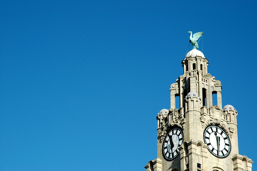Liverpool - England「Liver building with copy space」:スマホ壁紙(17)