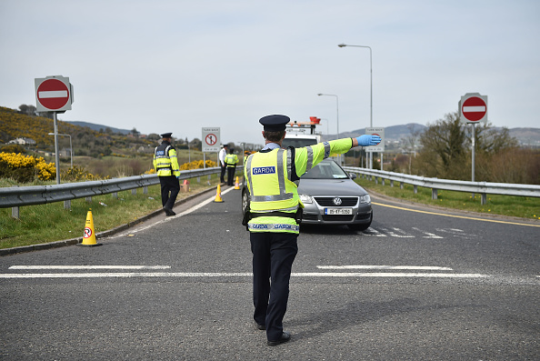 Ireland「Garda Turn Back Non-essential Travellers From Jonesborough Border」:写真・画像(4)[壁紙.com]