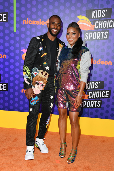 黒のパンツ「Nickelodeon Kids' Choice Sports 2018 - Arrivals」:写真・画像(3)[壁紙.com]