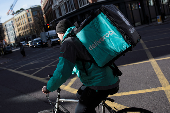 Deliveroo「UK Govt Promises Overhaul Of Workers Rights to Protect Those In Gig Economy」:写真・画像(10)[壁紙.com]