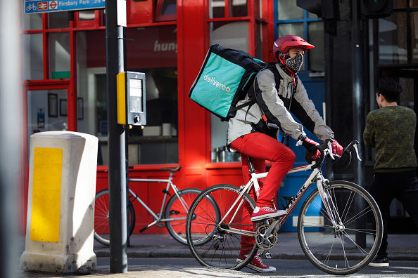 Deliveroo「UK Govt Promises Overhaul Of Workers Rights to Protect Those In Gig Economy」:写真・画像(9)[壁紙.com]