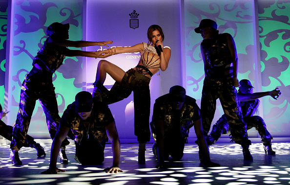 Cap d'Antibes「de Grisogono Party - Cheryl Cole Performance: 63rd Cannes Film Festival」:写真・画像(16)[壁紙.com]