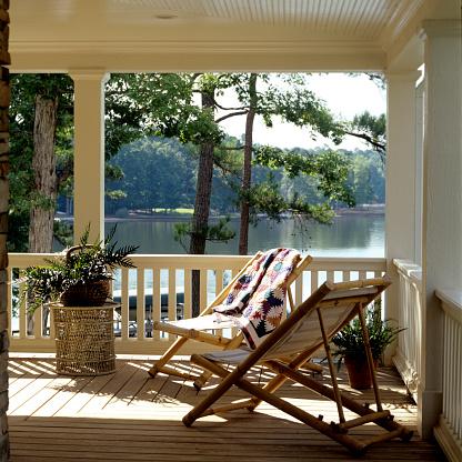 Deck Chair「American house with verandah」:スマホ壁紙(7)