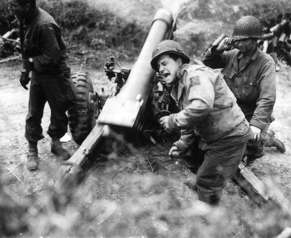 World War II「US Howitzer」:写真・画像(4)[壁紙.com]