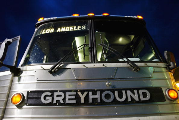 Bus「Greyhound Cuts 260 Small Towns And Communities」:写真・画像(2)[壁紙.com]