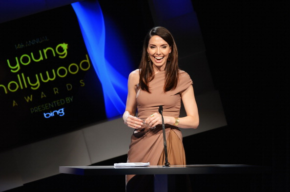 Whitney Cummings「14th Annual Young Hollywood Awards Presented By Bing - Show」:写真・画像(2)[壁紙.com]