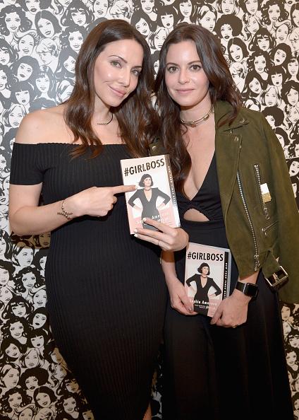 Whitney Cummings「Paperback Launch of #GIRLBOSS With Sophia Amoruso And Whitney Cummings」:写真・画像(15)[壁紙.com]