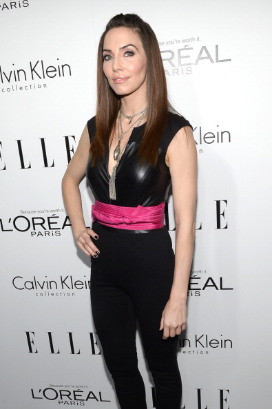 Whitney Cummings「ELLE's 20th Annual Women In Hollywood Celebration - Red Carpet」:写真・画像(12)[壁紙.com]