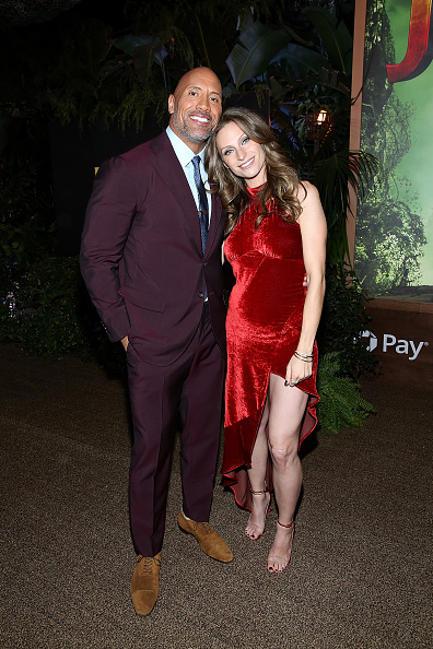 "Maroon「Premiere Of Columbia Pictures' ""Jumanji: Welcome To The Jungle"" - Red Carpet」:写真・画像(4)[壁紙.com]"