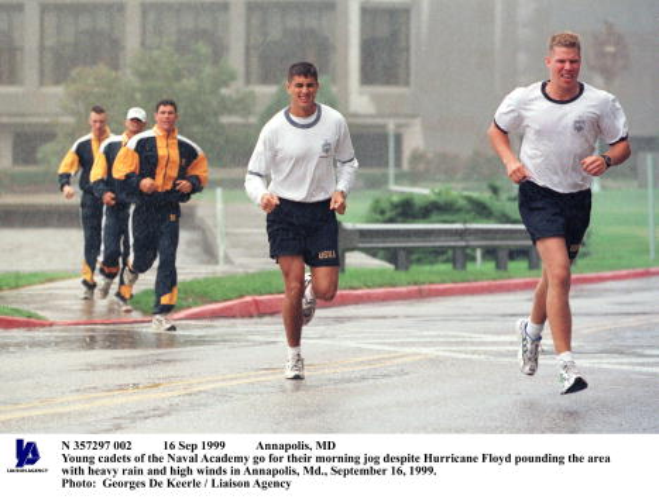 September「Hurricane Floyd Pounds Annapolis, Maryland」:写真・画像(11)[壁紙.com]