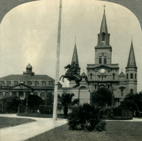 Footpath「In Historic Old New Orleans」:写真・画像(7)[壁紙.com]