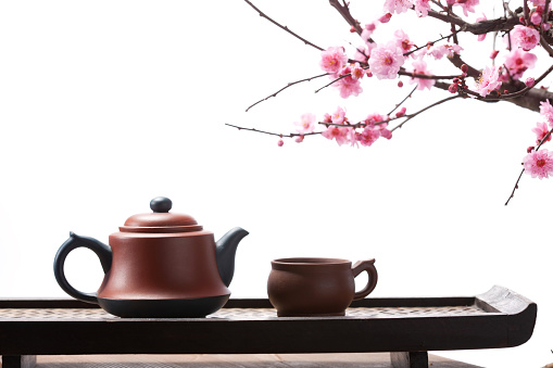 梅の花「The teapot and plum blossom」:スマホ壁紙(6)