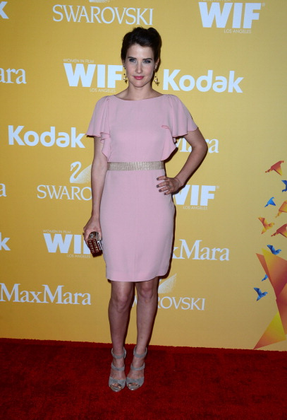 Hand On Hip「2012 Women In Film Crystal + Lucy Awards - Arrivals」:写真・画像(19)[壁紙.com]