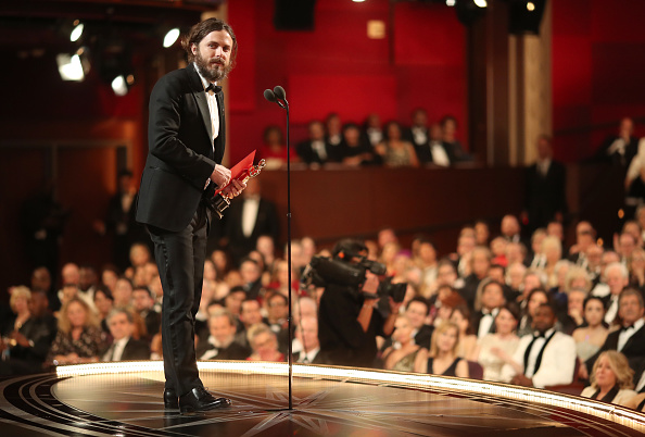 Best actor award「89th Annual Academy Awards - Backstage」:写真・画像(13)[壁紙.com]