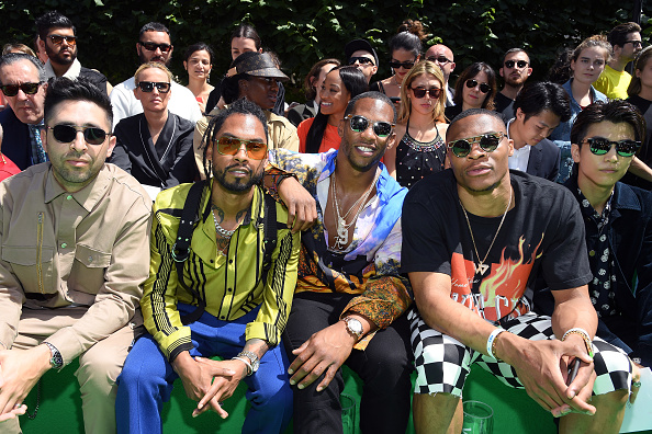 パリ・メンズ・ファッションウィーク「Louis Vuitton: Front Row - Paris Fashion Week - Menswear Spring/Summer 2019」:写真・画像(5)[壁紙.com]