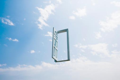 デジタル合成「Open doorway in sky (Digital Composite)」:スマホ壁紙(0)