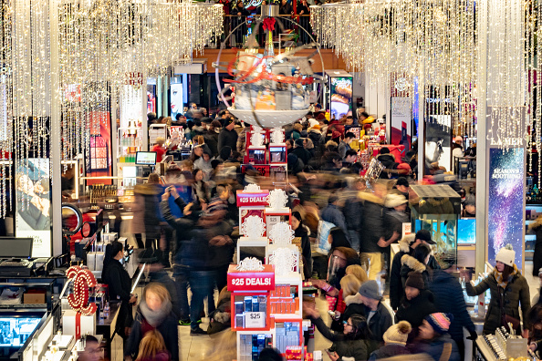 Black Friday「Stores Open Evening Of Thanksgiving For Early Black Friday Sales」:写真・画像(15)[壁紙.com]