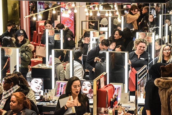 Holiday - Event「Shoppers Look For Deals On Black Friday」:写真・画像(13)[壁紙.com]
