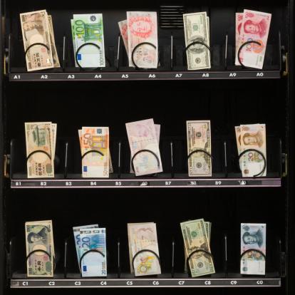 American One Hundred Dollar Bill「currency in a vending machine」:スマホ壁紙(13)