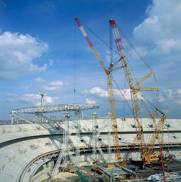 2002「Saint Denis. Paris. France. Stade de France. French National Football Stadium. Roof Erection. 1996.」:写真・画像(2)[壁紙.com]