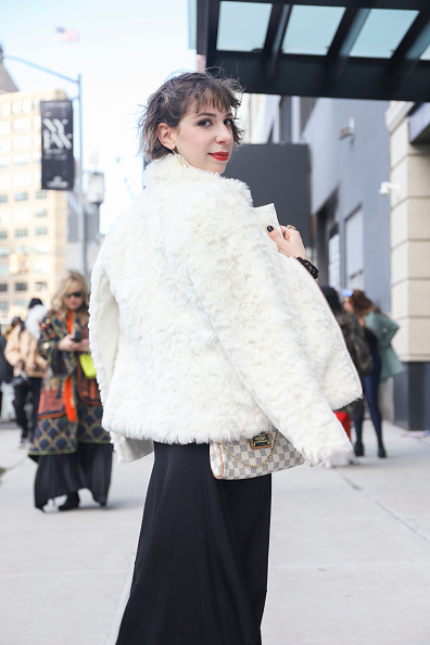 Achim Aaron Harding「Street Style - New York Fashion Week February 2019 - Day 3」:写真・画像(12)[壁紙.com]