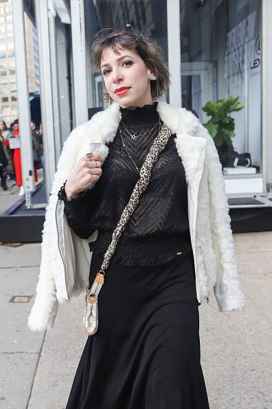 Achim Aaron Harding「Street Style - New York Fashion Week February 2019 - Day 3」:写真・画像(0)[壁紙.com]