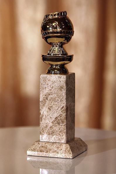 Golden Globe Award trophy「Unveiling Of The New 2009 Golden Globe Statuettes」:写真・画像(1)[壁紙.com]