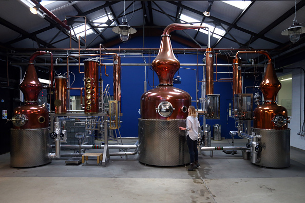 Gin「Sipsmith Gin Makers Are First Copper Distillery In London For 200 Years」:写真・画像(2)[壁紙.com]