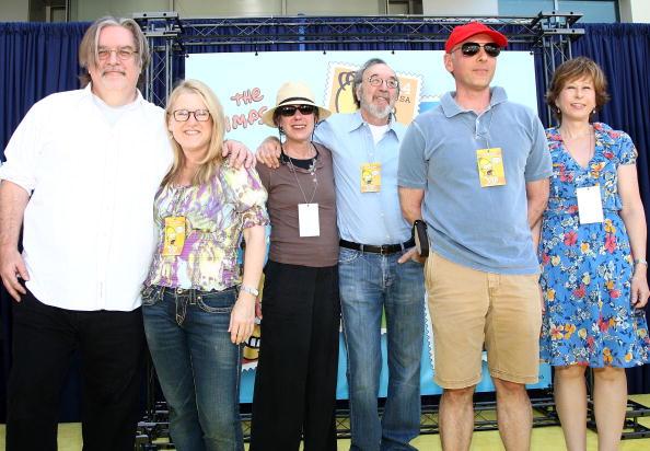ダン カステラネタ「The Simpsons Stamps Dedication Ceremony」:写真・画像(4)[壁紙.com]