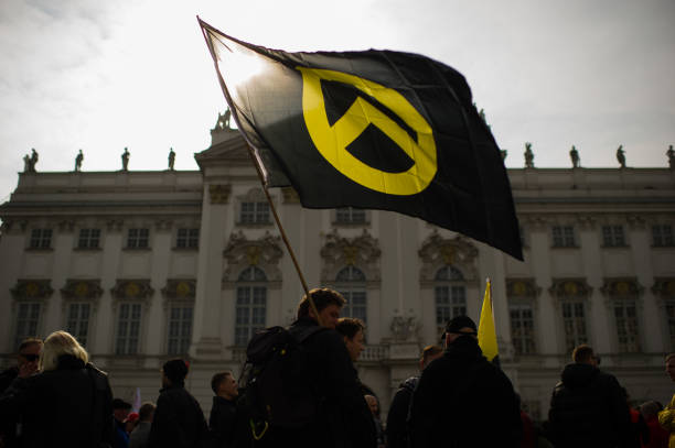 Identitarian Movement Holds Protest Gathering In Vienna:ニュース(壁紙.com)