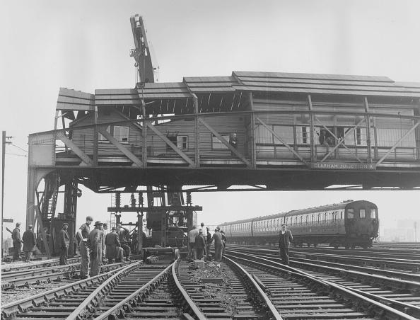 Construction Equipment「Railway Mishap」:写真・画像(7)[壁紙.com]