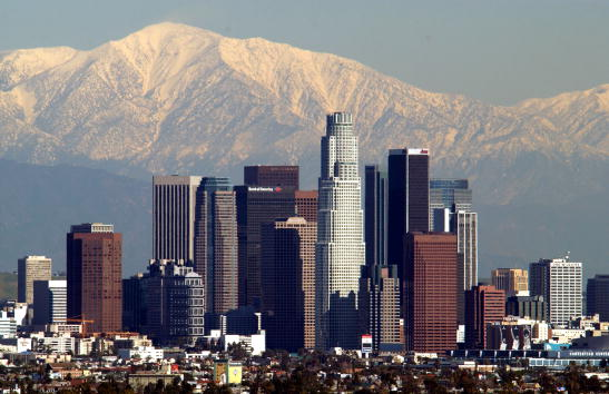 風景「Storm Leaves Snowy Backdrop for Los Angeles」:写真・画像(7)[壁紙.com]