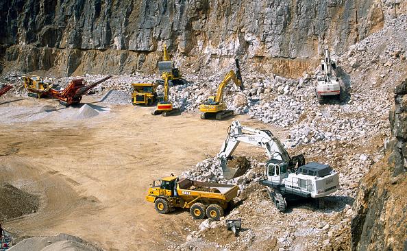 Machinery「Quarry, Pennines, England」:写真・画像(7)[壁紙.com]