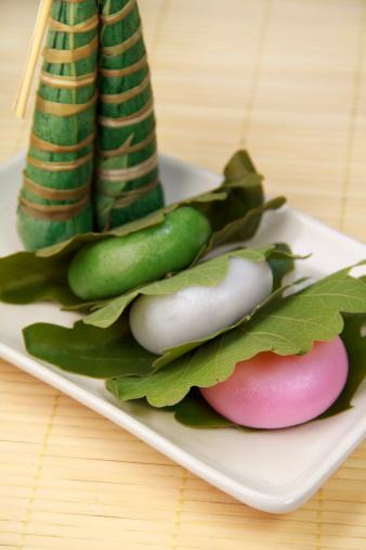 こどもの日「Kashiwa-mochi (Rice cakes wrapped in oak leaves)」:スマホ壁紙(18)