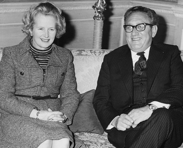 Secretary Of State「Margaret Thatcher And Henry Kissinger」:写真・画像(10)[壁紙.com]