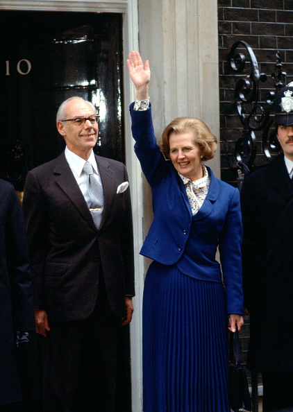 Blue「Margaret And Denis Thatcher Downing Street」:写真・画像(2)[壁紙.com]