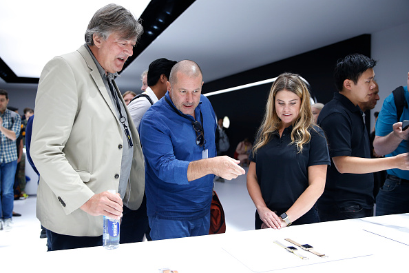 Apple Watch「Apple Holds Press Event To Introduce New iPhone」:写真・画像(8)[壁紙.com]